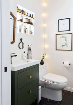 Our Go-To Cabinet Hardware Placement   60 Of Our Shoppable Favorites - Emily Henderson #hardware #kitchentrends #bathroomtrends #cabinethardware Bathroom Signs, Bathroom Wall, Small Bathroom, Bathroom Lighting, Bathrooms, Bathroom Ideas, Restroom Ideas, Budget Bathroom, Bathroom Layout