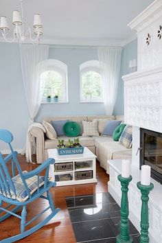 Jurnal de design interior - Amenajări interioare : Amenajare în albastru pastel
