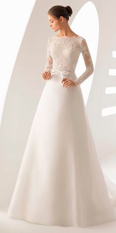 winter wedding dresses outfits a line lace long sleeves simple rosa clara Red Wedding Gowns, Fancy Wedding Dresses, Simple Wedding Gowns, Wedding Dress Trends, Elegant Wedding Dress, Wedding Bridesmaid Dresses, Designer Wedding Dresses, Tea Length Wedding Dress, Bridal Dresses