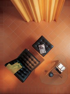 A terracotta floor Ferrone is a great little jewel that decorates our homes with naturalness , prestige and distinction , managing to infuse warmth, harmony and elegance. A treasure that only adds to the treatment most appropriate.