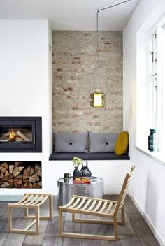 I like the seating area; I think we could build one next to our fireplace?