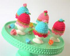 Vrolijke eierwarmers haken voor het paas ontbijt, gratis patroon freepattern egg cossy crochet www.zoemzz.nl