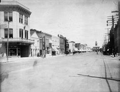 PhC68_1_32 View down Hay Street, Fayetteville, NC, looking toward the Old Slave Market House, May 15, 1909 | Flickr - Photo Sharing!