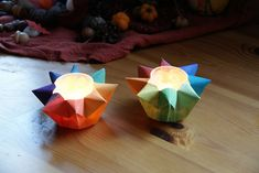 Winter ~ Advent ~ Week One: Crystal & Stone ~ Star Lantern ~ Tutorial Crafts To Do, Crafts For Kids, Paper Crafts, Diy Crafts, Paper Star Lanterns, Waldorf Crafts, Saint Martin, Christmas Lanterns, Autumn Crafts