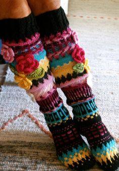 Bohem Style Every Where Crochet Leg Warmers, Chunky Crochet, Crochet Slippers, Knit Crochet, Crochet Hats, Wool Socks, Knitting Socks, Quirky Fashion, Colorful Fashion