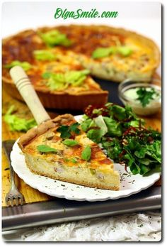 Tart with bacon Salmon Burgers, Baked Potato, Quiche, Bacon, Food And Drink, Menu, Ethnic Recipes, Tart, Menu Board Design
