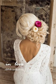Wedding Hairstyles : Illustration Description side loose wedding updo with flowers Wedding Hairstyles For Long Hair, Wedding Hair And Makeup, Formal Hairstyles, Bride Hairstyles, Pretty Hairstyles, Bridal Hair, Hair Makeup, Hairstyle Ideas, Evening Hairstyles