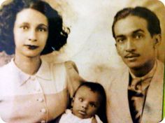 """""""The Vavals, an upper middle class family in Haiti posing for a family photo in 1947."""""""