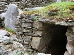 America's Stonehenge. , Salem (New Hampshire)