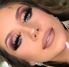Gorgeous Makeup: Tips and Tricks With Eye Makeup and Eyeshadow – Makeup Design Ideas Cute Makeup, Glam Makeup, Gorgeous Makeup, Eyeshadow Makeup, Makeup Inspo, Makeup Inspiration, Makeup Brushes, Hair Makeup, Makeup Ideas