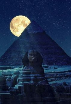 Science Discover The Sphinx and Pyramids Cairo Egypt. Beautiful Moon Beautiful Places Beautiful Pictures Stars Night Great Pyramid Of Giza Shoot The Moon Kairo Pyramids Of Giza Giza Egypt Beautiful Moon, Beautiful Places, Beautiful Pictures, Stars Night, Foto Picture, Great Pyramid Of Giza, Shoot The Moon, Pyramids Of Giza, Giza Egypt