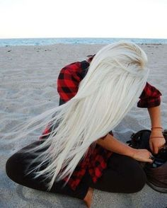 I would KILL for this haircolor!
