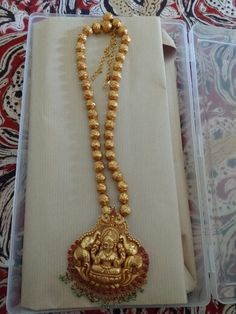 Gajalakshmi Nagasu Ruby Necklace Designs, Jewelry Design Earrings, Gold Jewellery Design, Gold Wedding Jewelry, Gold Jewelry Simple, Antique Jewellery Designs, Durga, Lockets, Gold Necklace