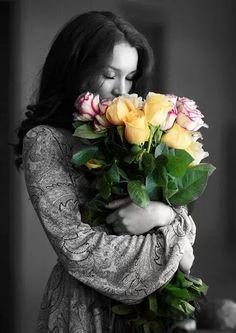 The World in Black and White Splash Photography, Color Photography, Portrait Photography, Beautiful Soul, Beautiful Roses, Color Splash, Color Pop, Colour, Splash Images