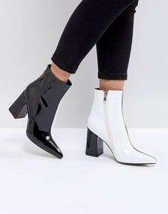 Public Desire – Chaos – Kontrastreiche Ankle-Boots in Schwarz und Weiß