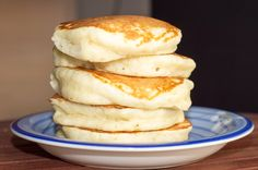 Fluffy Pancakes A photo of five super thick and fluffy pancakes stacked atop one another on a blue plate.A photo of five super thick and fluffy pancakes stacked atop one another on a blue plate. Breakfast And Brunch, Breakfast Pancakes, Breakfast Dishes, Breakfast Recipes, Pancake Recipes, Breakfast Ideas, Pancakes For Two, Egg White Pancakes, Pancake Ideas