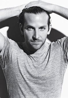Bradley Cooper - People Magazine's Sexiest Man Alive need we say more. Can you see the Hangover bad boy playing the domineering Christian Grey? Pretty People, Beautiful People, Hot Men, Sexy Men, Silver Linings, Hommes Sexy, Celebs, Celebrities, Famous Faces