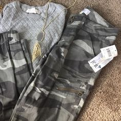 🎉HP🎉Jolt camo joggers 💎Host Pick! 9.7 Wardrobe Goals💎So cute for back to school and Fall! 🍃🍂 NWT size 7 Juniors with tags still attached. Unfortunately I spilled a bit of water on the tag though 💦 Jolt Pants Track Pants & Joggers