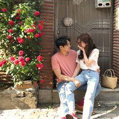 ig: - ❁ ⃰   ◜ ulzzang ◞ - Cute Couples Goals, Couple Goals, Couple Photography, Photography Poses, Korean Couple, Ulzzang Couple, Pre Wedding Photoshoot, Fashion Couple, Couple Outfits