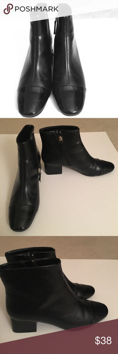 Gorgeous patent leather Zara booties Great pair of booties perfect for any season , its sleek and elegant structure resembles Chanel booties. They're in great condition. They are Zara 38 which converts to 7/12 USA Zara Shoes Ankle Boots & Booties