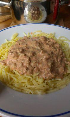 Pasta og kjøttsaus