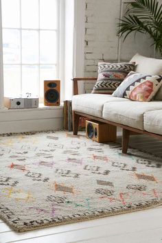 Geo Sketched Woven Rug - Urban Outfitters --- This would be nice in a bedroom where it's less likely to experience muddy footprints or spoiled red wine. Wall Carpet, Rugs On Carpet, Cheap Carpet Runners, Beige Carpet, Living Room Carpet, New Room, Woven Rug, Home Furniture, Living Spaces