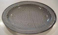 """Vintage Gray Mottled Graniteware Smaller 14"""" x 11"""" Oval Platter Tray"""