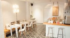 Valence / abc you : bed and breakfast /