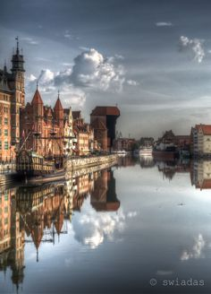 I'll be in Gdansk, Poland this time next week. Hope it's this beautiful.