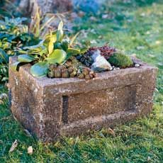 How to Make a Hypertufa Garden Trough - This Old House Garden Troughs, Garden Fountains, Garden Planters, Water Fountains, Garden Bed, Diy Planters Outdoor, Concrete Planters, Planter Ideas, Concrete Art
