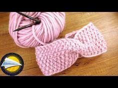 Πλεκτή στριφτή κορδέλα| Πλέξιμο με βελόνες| Εύκολες οδηγίες για αρχάριους - YouTube Twist Headband, Diy Headband, Knitted Headband, Headbands, Dou Dou, Lana, Winter Hats, Beanie, Knitting