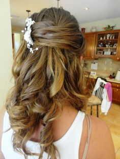 Unique Hairstyles for Hair Down to Shoulders, braids hairstyles wedding hairstyles for medium length hair half up half up half down hairstyles for shoulder length straight hair Half Up Wedding Hair, Wedding Hairstyles Half Up Half Down, Elegant Wedding Hair, Beach Wedding Hair, Wedding Hair Flowers, Wedding Hairstyles For Long Hair, Down Hairstyles, Flower Hair, Braided Hairstyles