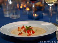 Hummersuppe Pavlova, Panna Cotta, Grains, Meat, Chicken, Ethnic Recipes, Food, Dulce De Leche, Meals
