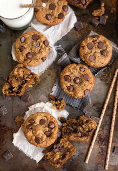 Flourless + Healthy Peanut Butter + Chocolate Muffins #muffin #healthy #glutenfree