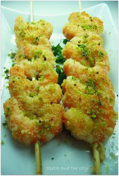 Spiedini di gamberi impanati al pistacchio