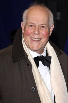 Clive Swift now Keeping Up Appearances