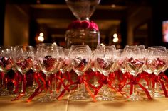 Etched-Wine-Glass-Wedding-Favors