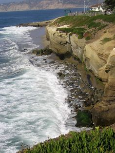 La Jolla Cliffs San Diego, California Coast   One of our favorite places on the week-end.