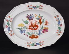 An Italian Oval Porcelain Dish decorated in the Tulipano Pattern, Doccia (Florence).c.1755-70.