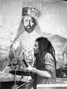 Боб Марли: интересные факты о жизни - http://russiatoday.eu/bob-marli-interesnye-fakty-o-zhizni/ Сегодня мир празднует день рождения величайшего исполнителя в стиле реггиЕсли на календаре 6 февраля — значит, самое время вспомнить творчество одного из самых солнечных музыкантов XX века: ве�
