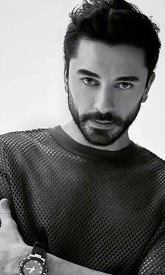 Turkish Men, Turkish Actors, Turkish Beauty, Fall Eyeshadow Looks, Blue Eyeshadow Looks, Just Beautiful Men, Actor Studio, Anime Girl Drawings, Jennifer Winget