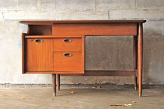$471 Mainline by Hooker Mid Century Desk – ONLINE ONLY
