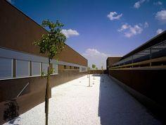 Hospital Tierra De Barros / EACSN