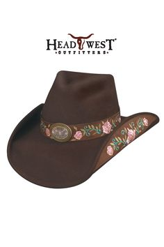 Love this i would totally wear this just not near my horses. But then i would feel ridiculas because i always complain when people who don't even like horses wear cowgirl hats