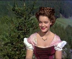 Romy Schneider in Agfacolor film Sissi (1955).
