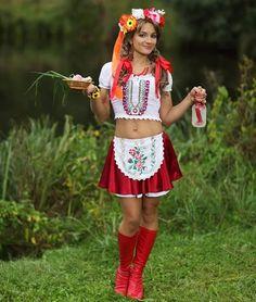 Ukraine forever Ukraine Women, Ukraine Girls, Folk Fashion, Ethnic Fashion, Womens Fashion, Eslava, Ethno Style, Folk Clothing, Ukrainian Art