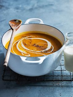 no-peel roasted pumpkin soup from donna hay food photography, food styling, learn food photography