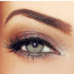Love this kind of eye makeup ...