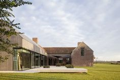 Farmhouse Burkeldijk and fortress Hazegras, Knokke-Heist, Govaert & Vanhoutte Architects