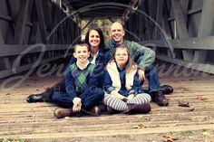 family photos covered bridge | p1061179817-2.jpg